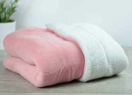 Matdox SHERPA-Fleece Decke rose